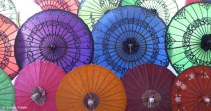 Andrea Bokler - Interview Alle Facetten zeigen - bunte Regenschirme